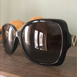 Burberry Shades -good quality just too big for me